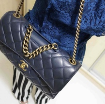 AUTHENTIC CHANEL RARE NAVY BLUE QUILTED LAMBSKIN LARGE PERFECT EDGE BAG GOLD HW  image 11