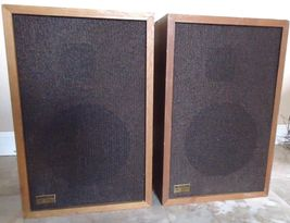 Realistic M1000 Speakers, 40-1980A, Made In Japan, See Video ! - $65.00