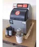 Remanufactured Fluid Management VR-1 OX Explosion Proof Paint Shaker w W... - $2,749.00
