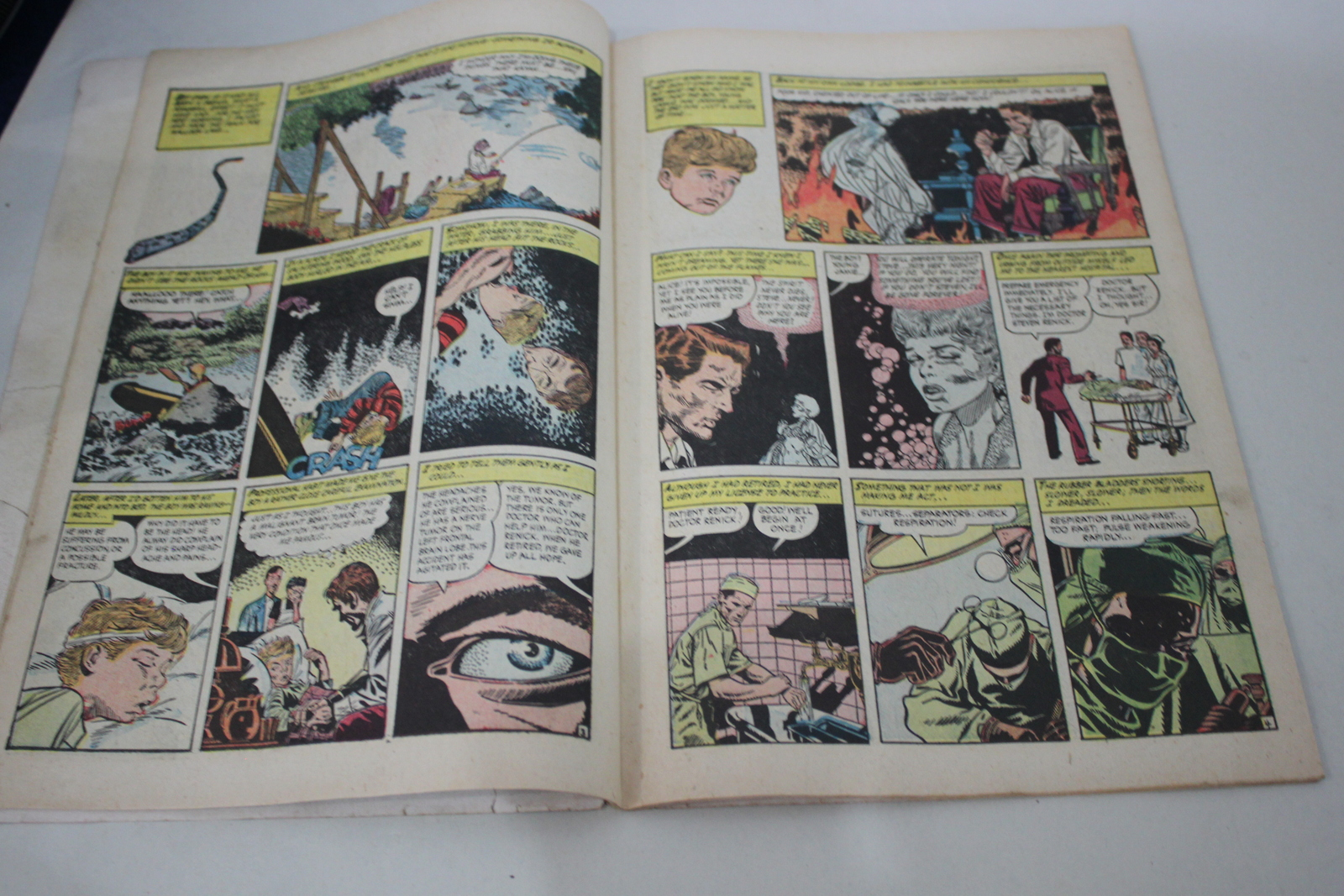 Ghost No.10 1954 Eerie Mysteries Fiction House Comic Book image 2