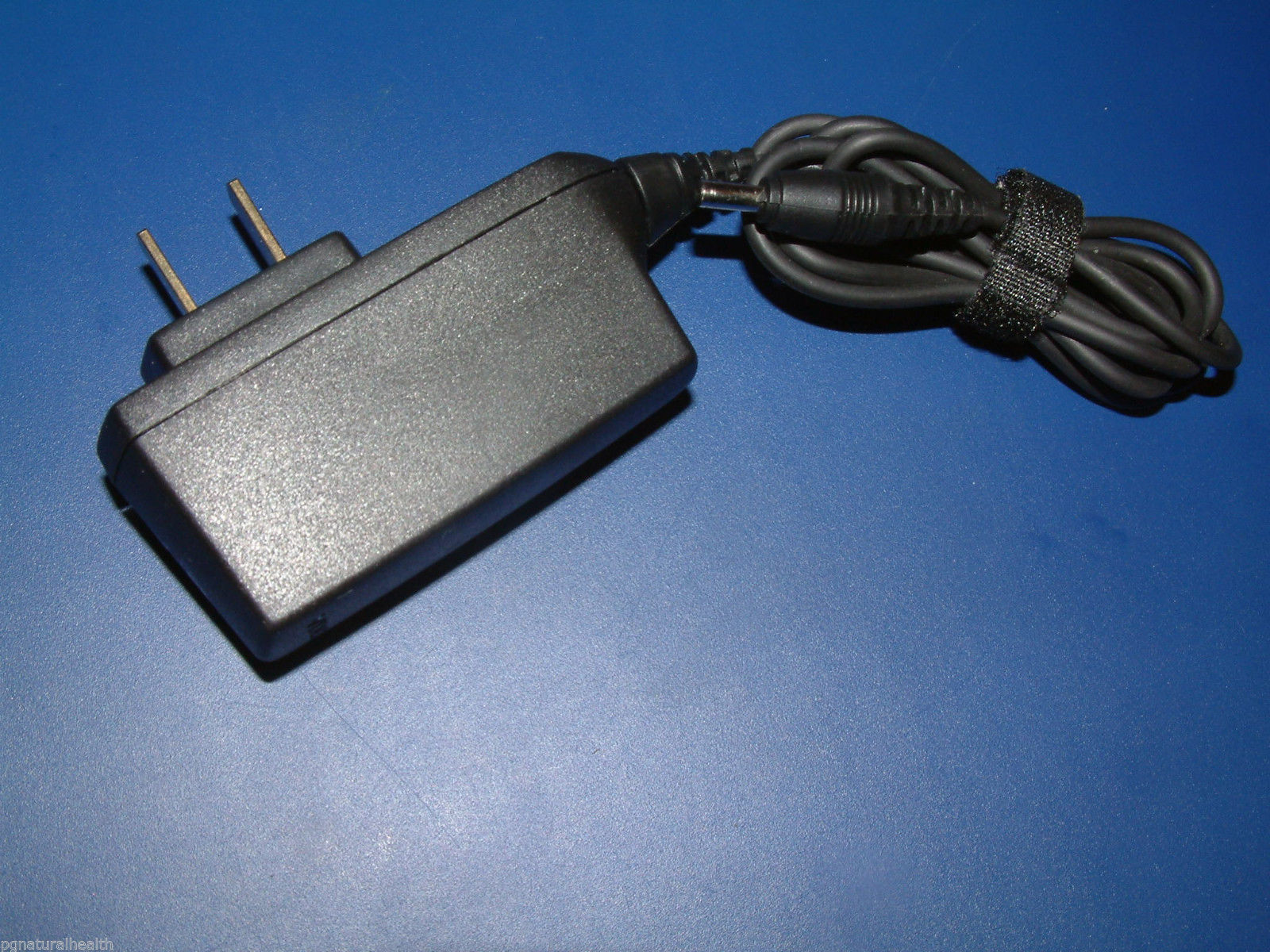 NOKIA BRAND PLUG IN WALL AC CHARGER or UK NOKIA CHARGER - Select -