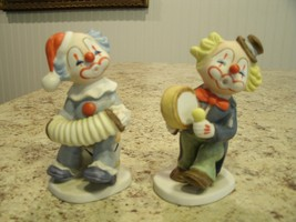 Lot of 2 Vintage 1989 LEFTON China Hand Painted Clown Figurines No. 07319 - $15.35