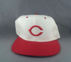 Cincinnati Reds Hat (VTG) - By New Era - Adult Snapback - New Without Tags - $79.00