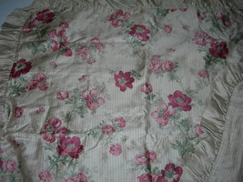 """Tommy Hilfiger """"Heirloom Paisley"""" 2PC Euro Sham Made In Italy Beautiful Nwop - $94.04"""