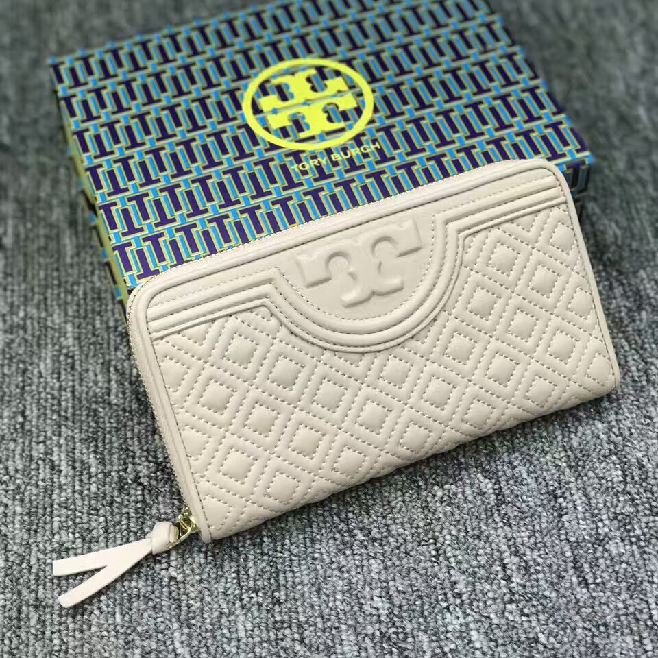 4253e8cfbfb4 NWT Tory Burch Fleming Zip Continental Wallet and 50 similar items.  Mmexport1481900312023. Mmexport1481900312023
