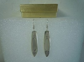 Oneida Adam 1917 Earrings Silverplate - $39.59