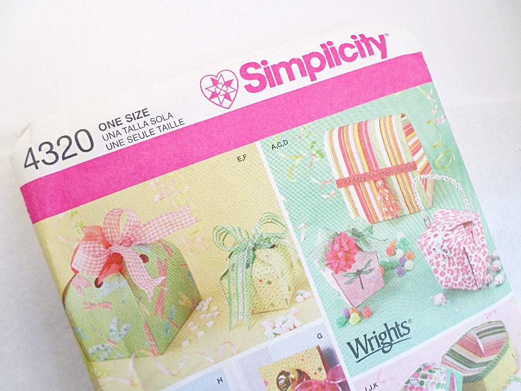 Simplicity Uncut Fabric Boxes Pattern #4320, Gift Boxes To Sew, Decor Patterns