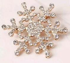 Stunning Diamonte Gold Plated Christmas Elegant Snow Flake Brooch Cake Pin B15 - $12.56