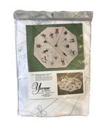 Vintage Yvonne of California Crewel Kit Embroidery Christmas Tree Table ... - $37.25