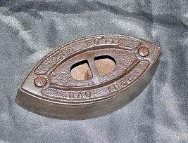 Mrs Potts SAD Iron Note 3 Potts with handle AB 565-EAntique image 6