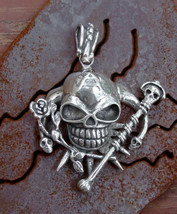 Large Sterling Silver Skull Ornate Pendant USA - $94.50