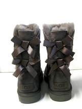 UGG BALIEY BOW WOMEN SHORT BOOTS SUEDE GREY US 11 /UK 9.5 /EU 42 - €141,81 EUR