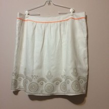 Tahari Woman Linen Skirt Size 20 White Embroidered Tan Circles Orange Trim Lined - $18.95