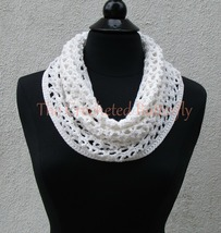CROCHET PATTERN - V-Stitch Cowl, crochet, women's accessories, fashion, ... - $3.99
