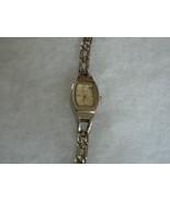 Beautiful Vintage Ladies Silvertone LEI Quartz Watch  - $9.89