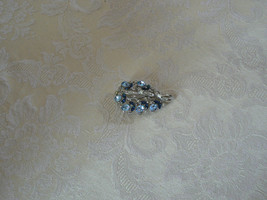 Absolutely Gorgeous Vintage Lisner Silvertone Clear Blue Rhinestone Flow... - $19.78