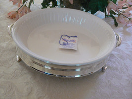 Beautiful Vintage FB Rogers Silversmiths Silver Plate Round Oven Pie Serving - $29.69