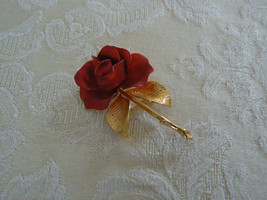 Beautiful Vintage Gerry's Goldtone Red Rose Branch Brooch - $9.27