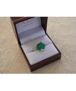 Sweet Vintage Silvertone Green Stone Ring - $12.86