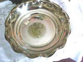 Lovely Vintage Reed & Barton Silver Plated Fruit Centerpiece Bowl - $25.24