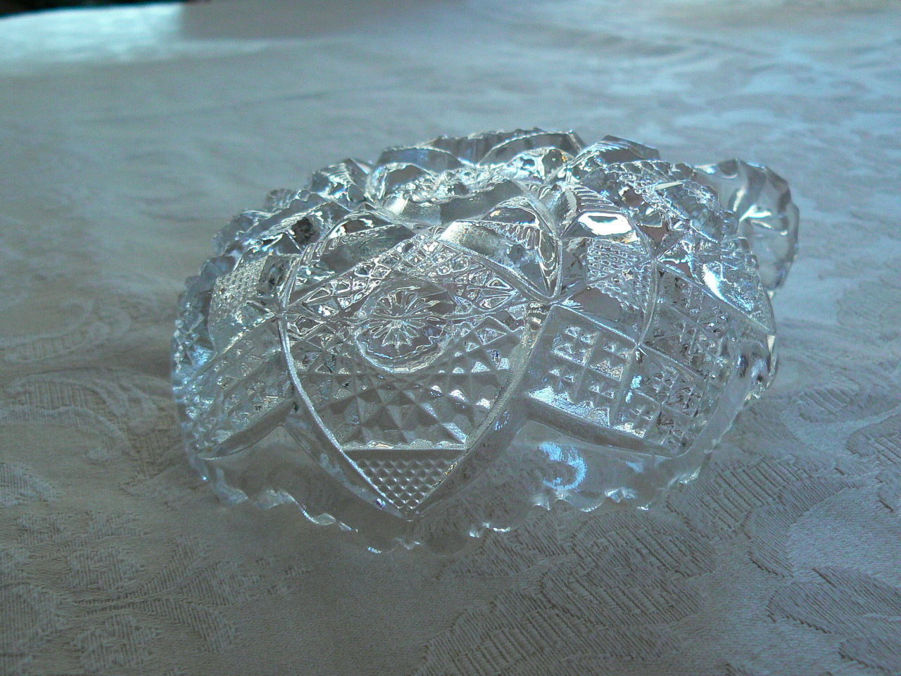 Beautiful Vintage Imperial Cut Glass Small Nappy