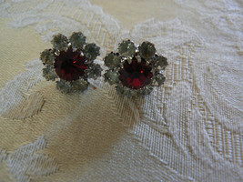 Vintage Unbranded Silvertone Red/Clear Rhinestones Round Pierced(Post) E... - $7.24
