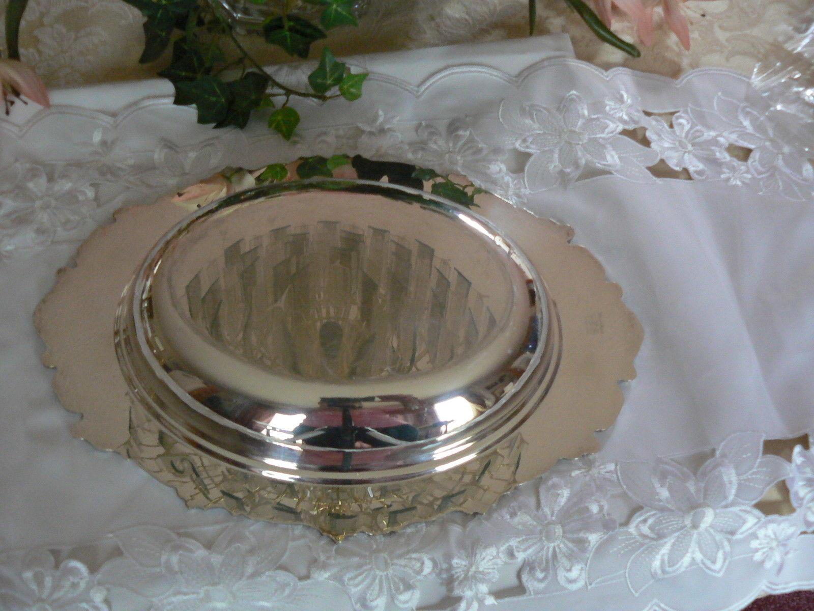 Beautiful Vintage Sheridan Silver Co. Silverplate Vegetable Dish c1947