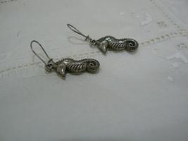 Vintage Unmarked Silvertone Seahorse Dangle Pierced Earring image 2