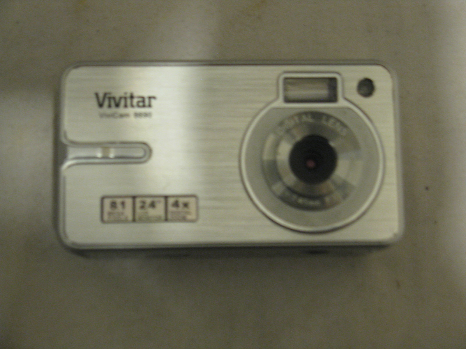 Primary image for Vivitar Vivicam 8690 Silver 8.1 Megapixel Digital Camera