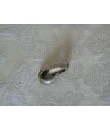 Lovely Vintage Brushed Goldtone Hoop Oval Clip On Earrings - $5.22