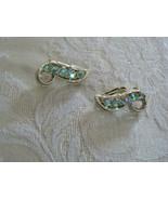 Beautiful Vintage Coro Silvertone Aurora Borealis Rhinestone Clip On Ear... - $16.81