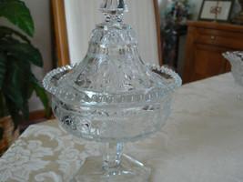 Unmarked Beautiful Depression Glass Ornate Stra... - $21.03