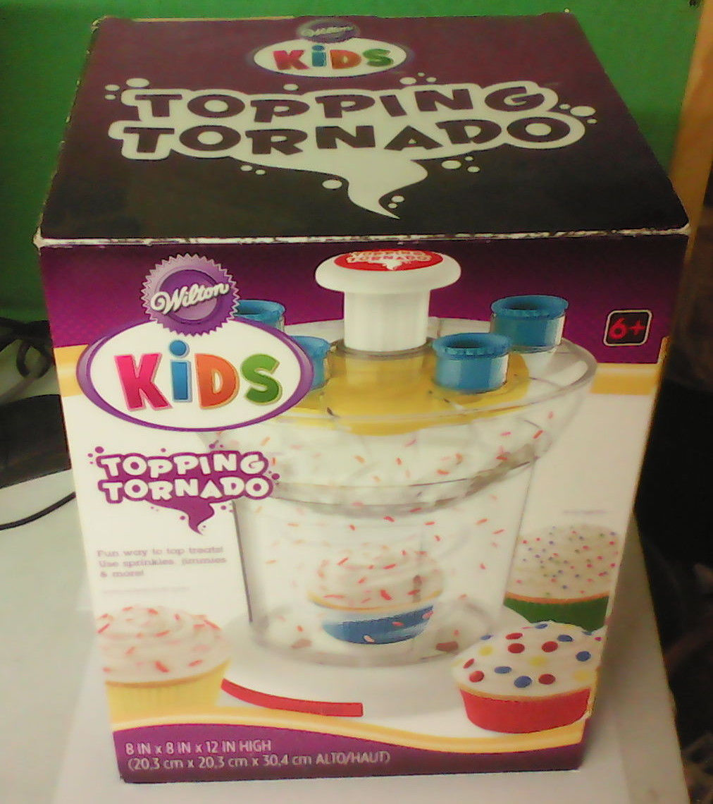 Wilton Kids Topping Tornado; Decorate Cupcake/Ice cream with topping ;New in box