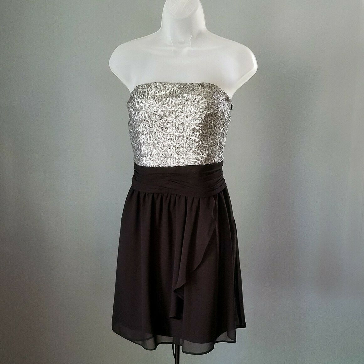 Express Silver & Black Sequin Strapless Cocktail Dress Size 6 image 3