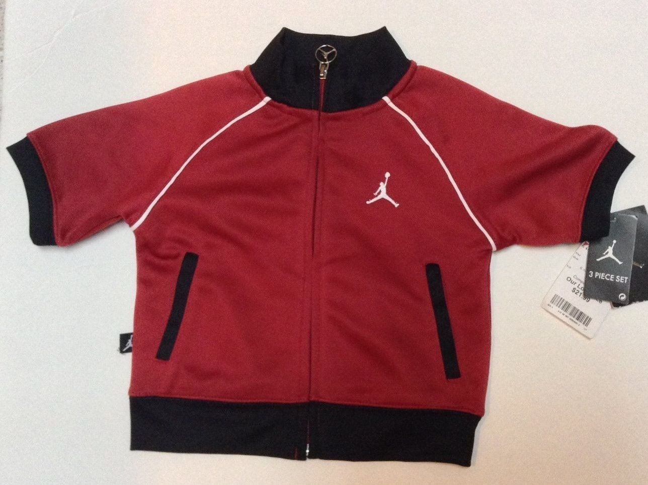 Boys Infants Short Sleeve Sport Jacket Red Black NWT 18 months Jumpman