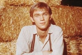 Richard Thomas The Waltons classic as John Boy 18x24 Poster - $23.99