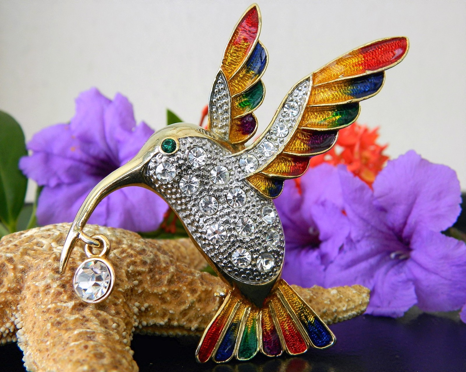 Hummingbird Bird Brooch Pin Rhinestones Enamel Large Colorful Goldtone