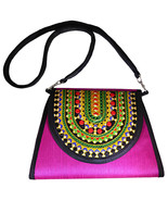 Zonnie Zania Indian Embroidered Medium Purse Magenta - $31.20