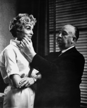 Janet Leigh in Psycho being directed on set by Alfred Hitchcock 16x20 Canvas Gic - $69.99