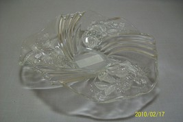 "Holiday Flare Home Beautiful  Bon Bon Candy Dish 9"" Clear Satin/Frosted ... - $12.95"
