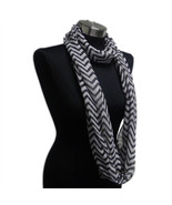 Chevron Sheer Infinity Scarf Black Contrasting Colors Soft Warm Gift US ... - €5,41 EUR