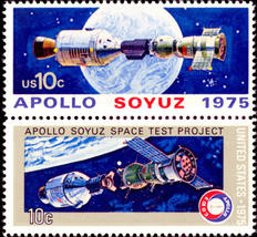 1975 Apollo Soyuz Space Mission Set of 2 US Stamps Catalog 1569-70 MNH