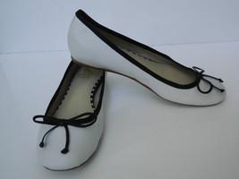 "10022 - Shoe Saks Fifth Ave BAllet Flat ""Lorelai"" White Leather Black Trim 36 - $48.51"
