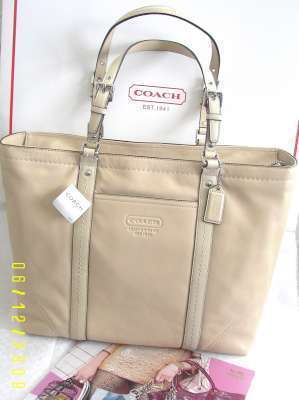 Coach 13100 Leather LG Authentic Gallery Gallon Tote Sand NT Coach