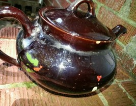 Old Royal Canadian Art Pottery Coffee or Tea Pot - $13.85