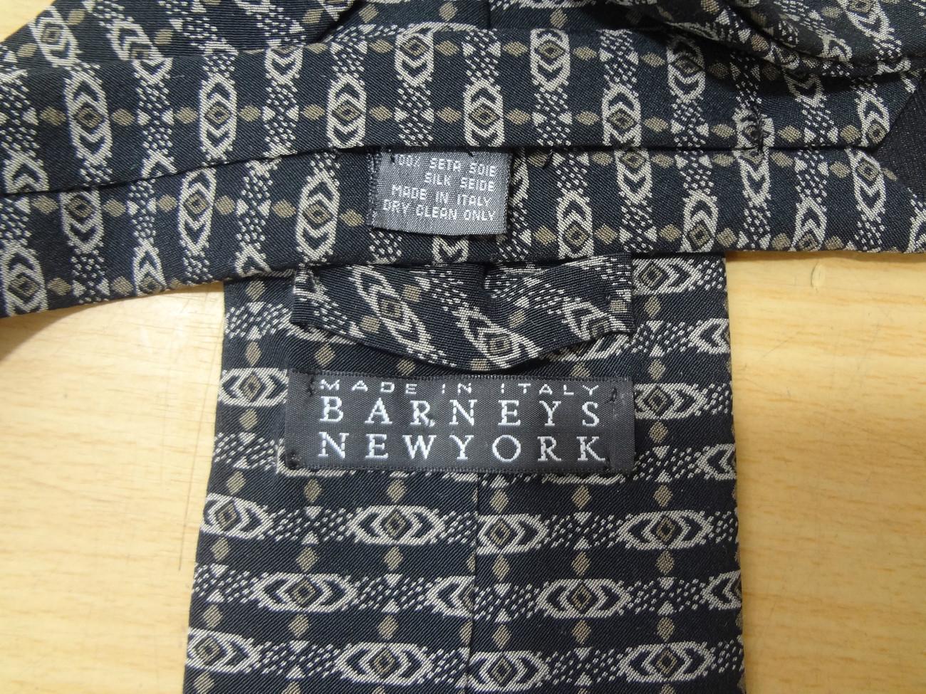 Barneys NY Black Brown Beige Print Silk Necktie Made in Italy
