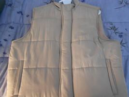 Bobby Jones Beige Quilted Water Resistance Silk Vest(Jacket)   Large - $179.99