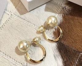 AUTHENTIC Christian Dior 2019 DIOR TRIBLES GOLD HOOP DOUBLE PEARL STAR Earrings  image 3