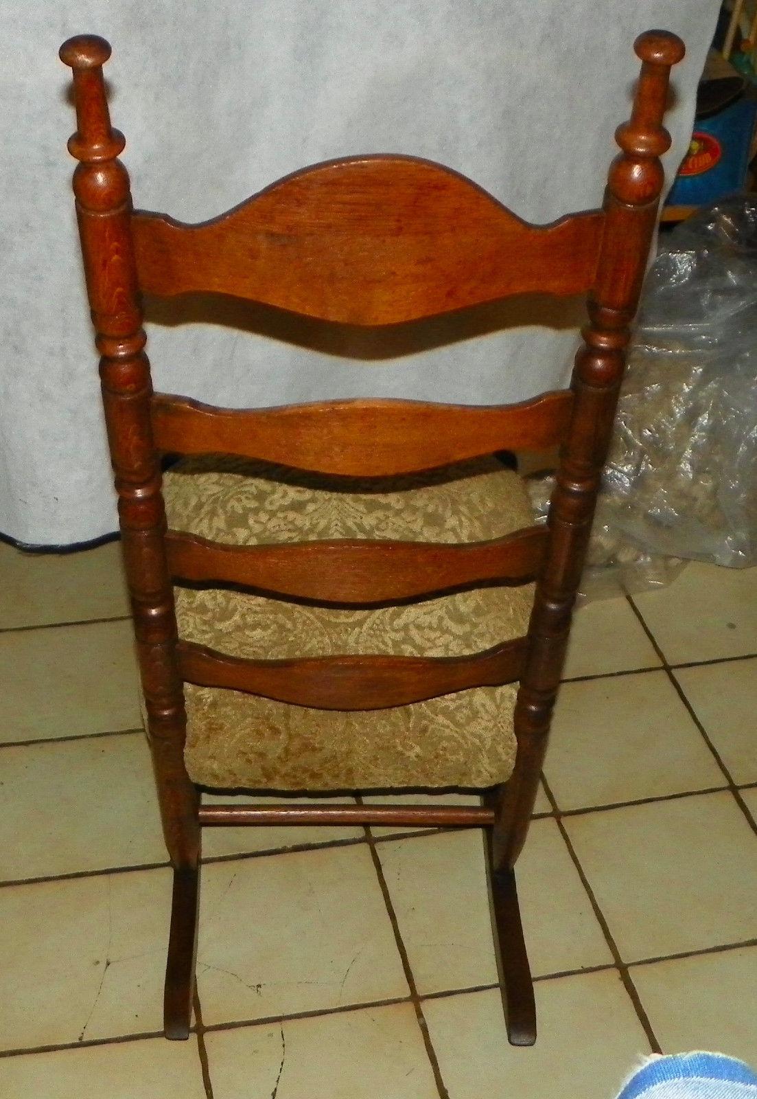 ... Oak Carved Ladder Back Sewing Rocker / Rocking Chair - Post-1950