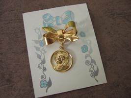 Vintage Catholic Lapel Pin Brooch SACRED HEART ... - $13.09
